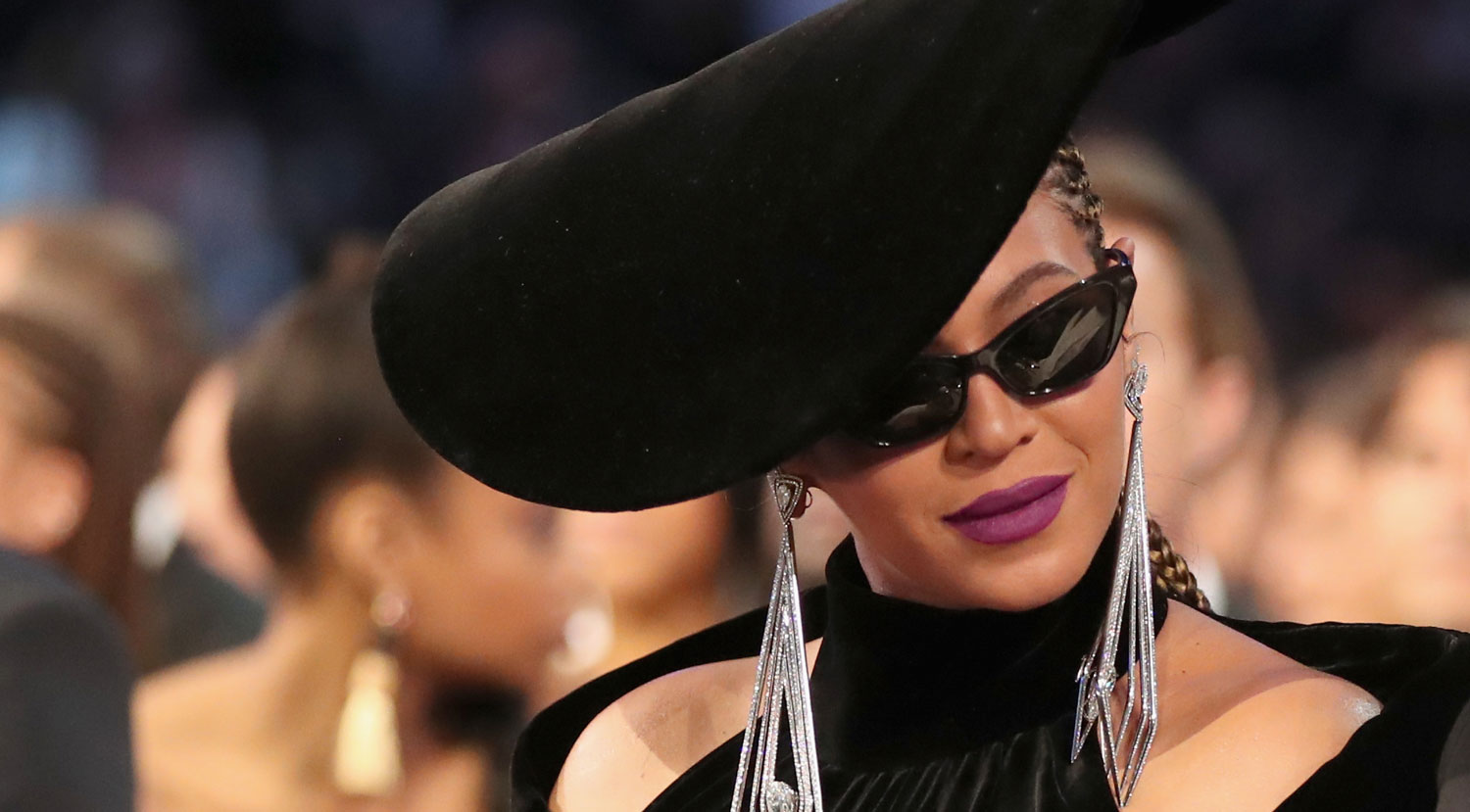 Beyonce S Grammys 2018 Look Was Inspired By Black Panthers