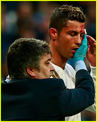 Cristiano Ronaldo's Face Covered in Blood After Injury During Game