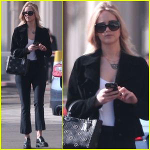 Jennifer Lawrence Runs Some Solo Errands in LA!