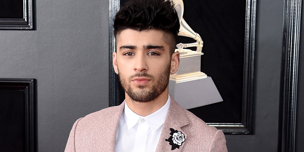 Zayn Malik Wears White Rose On His Pink Suit For Grammys 2018 2018