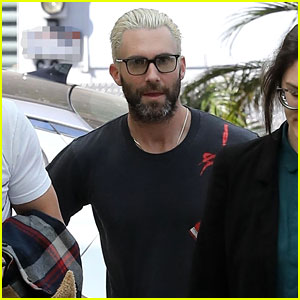 Adam Levine Steps Out With Blonde Hair After Dropping Maroon 5 S