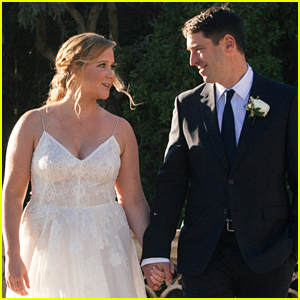 Amy Schumer Reveals an X-Rated Part of Her Wedding Vows