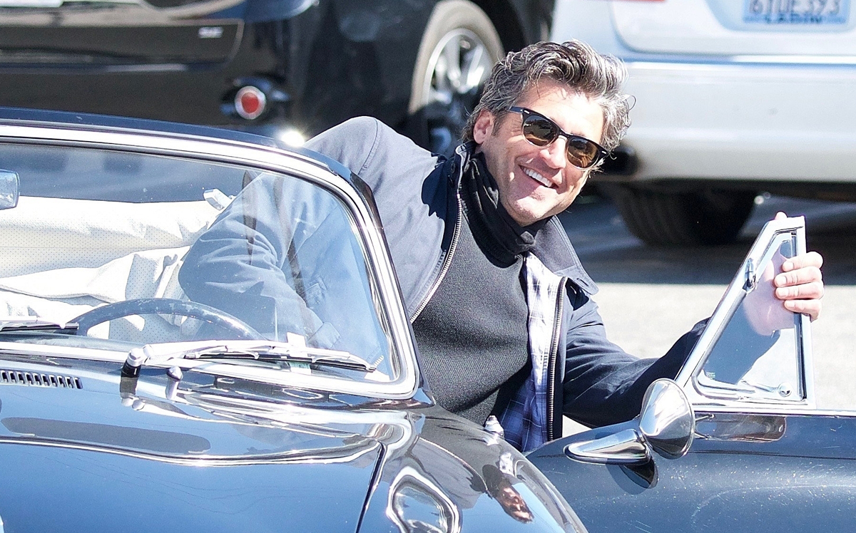 Patrick Dempsey Pulls His Porsche Up To The Valet Patrick Dempsey