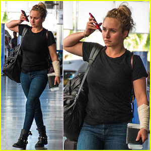 Hayden Panettiere Puts Injured Arm on Display While Leaving Barbados