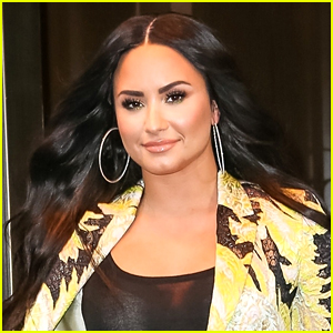Demi Lovato Reveals Her Old AOL Screen Name Was Inspired By Kelly Clarkson!