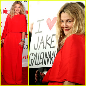 Drew Barrymore Carries 'I Love Jake Gyllenhaal' Sign to Her Premiere After Ranking Him Least Talented!