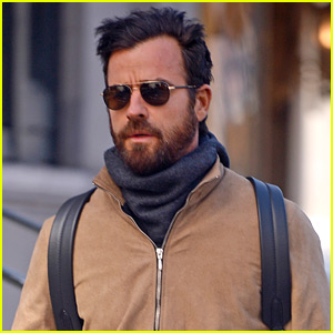 Justin Theroux Bundles Up While Stepping Out in NYC