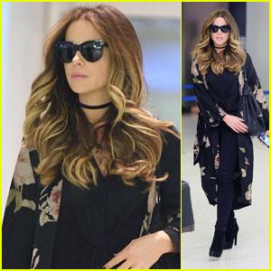 Kate Beckinsale se Ve Glamorosa Llegar al Aeropuerto en nueva york!