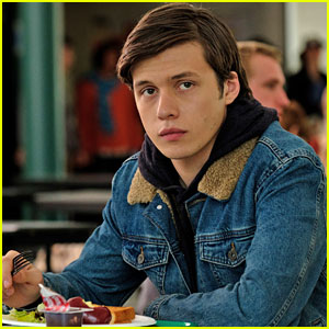 Is Nick Robinson Gay Love Simon Actor Sets The Record