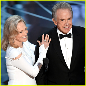 6577df5ff32 One of the most memorable moments in Academy Awards history happened at  last year s show when Warren Beatty and Faye Dunaway announced the wrong  winner for ...