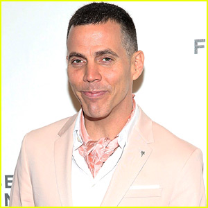 Steve-O's Latest Stunt Might Make Your Stomach Flip!