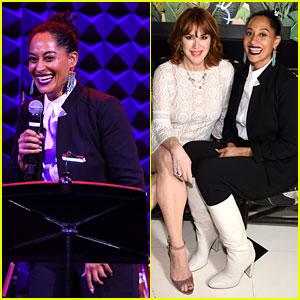 Tracee Ellis Ross & Molly Ringwald Ir 'Negrita' para el Evento de Moda en nueva york