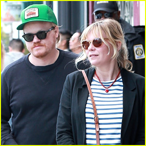 Kirsten Dunst Grabs Lunch with Jesse Plemons in WeHo