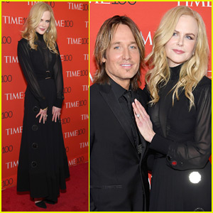Nicole Kidman is Supported by
