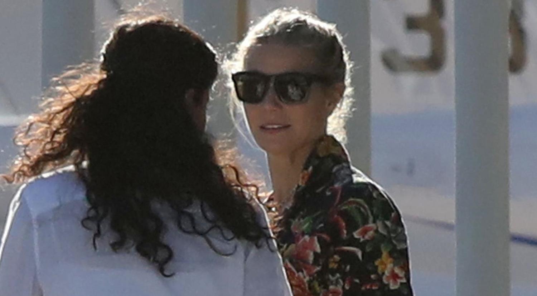 cc7edb8cd71 Gwyneth Paltrow   Friends Arrive in Cabo for Bachelorette Party ...