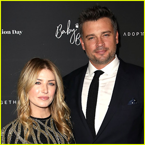 Tom Welling Is Engaged to Jessica Rose Lee!