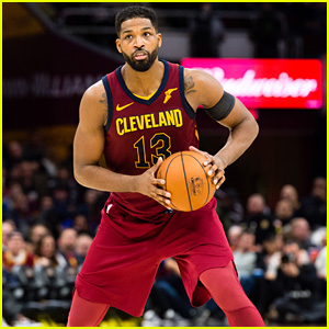 Tristan Thompson Booed During First NBA Game Back After Khloe Kardashian Cheating Rumors