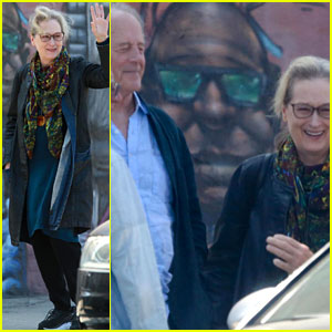 Meryl Streep & Husband Don Gummer Grab Lunch with Friends