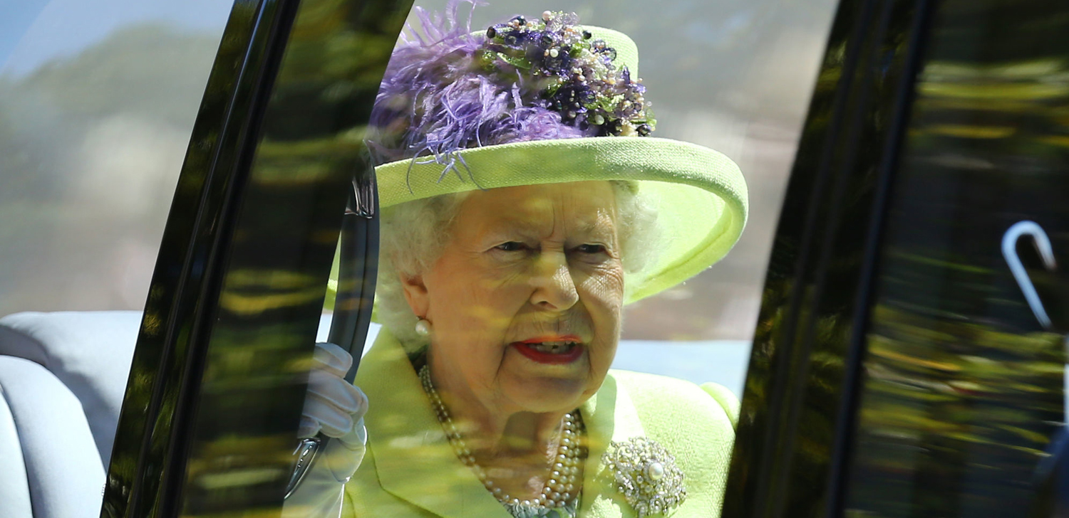 How Queen Elizabeth Reacted To Prince Harry And Meghan Markles Pregnancy News