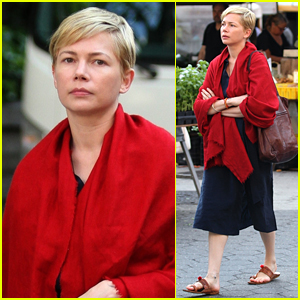 After The Wedding.Michelle Williams Films After The Wedding In Nyc Michelle