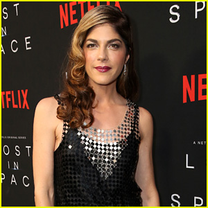 Selma Blair Reveals She's Celebrating Two Years of Sobriety in Emotional Post