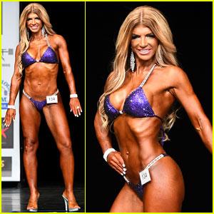 Teresa Giudice Shows Off Toned Bikini Body in Bodybuilding
