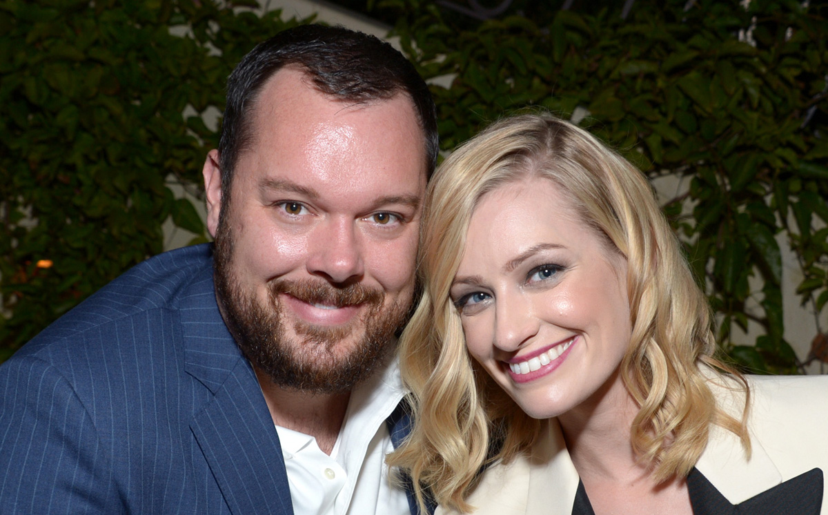 Beth Behrs Is Married To Michael Gladis Beth Behrs