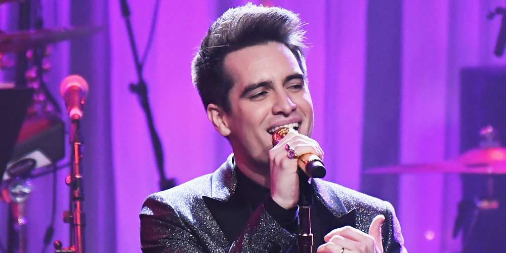 Panic At The Disco S Brendon Urie Comes Out As Pansexual