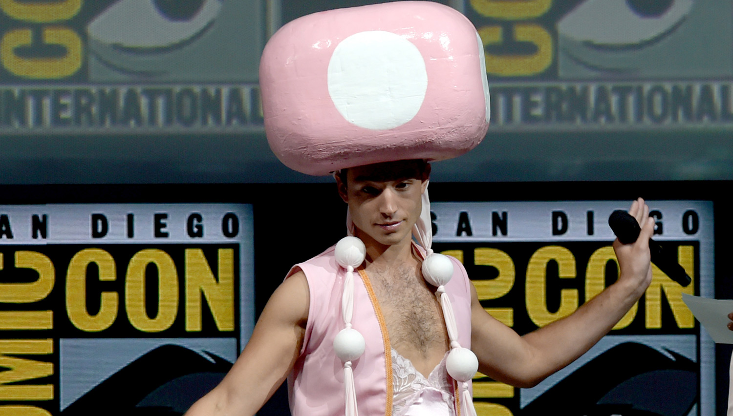 Ezra Miller Cosplays as Sexy Toadette at Comic-Con 2018!