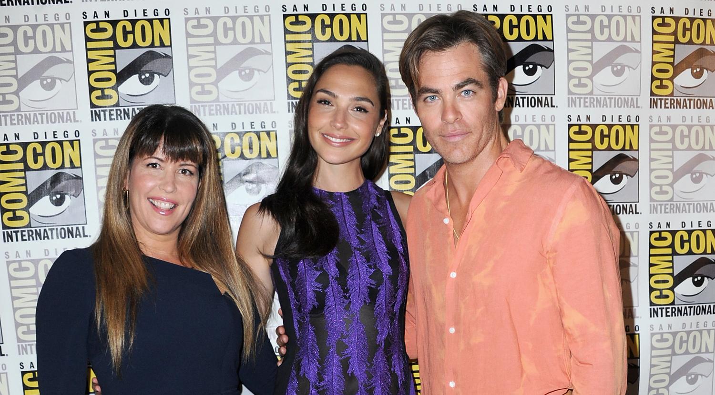 Gal Gadot Joins Chris Pine & Patty Jenkins at 'Wonder Woman 1984′ Panel at Comic-Con!