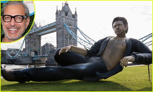 Gigantic Jeff Goldblum Statue Placed in London, Pays Homage to 'Jurassic Park' Scene