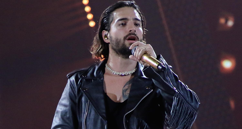 Maluma Hits The Stage At Univision S Premios Juventud 2018