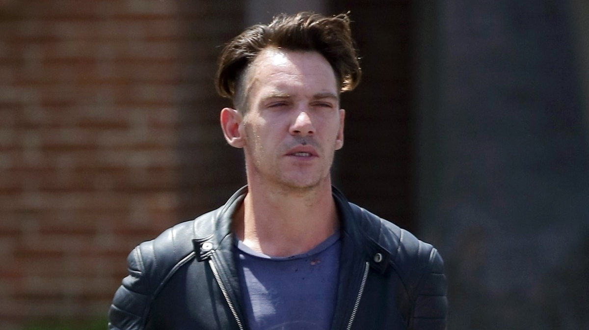 Jonathan Rhys Meyers Emerges For First Time After Airplane