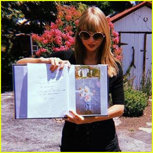 Taylor Swift Hangs With Haim In Her Childhood Bedroom!
