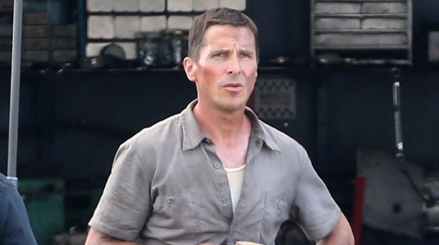 Christian Bale Sports Slimmed Down Figure In First Ford V Ferrari On Set Photos Christian Bale Just Jared