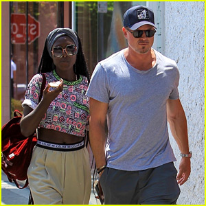 Eric Dane Grabs Lunch with a Mystery Woman!