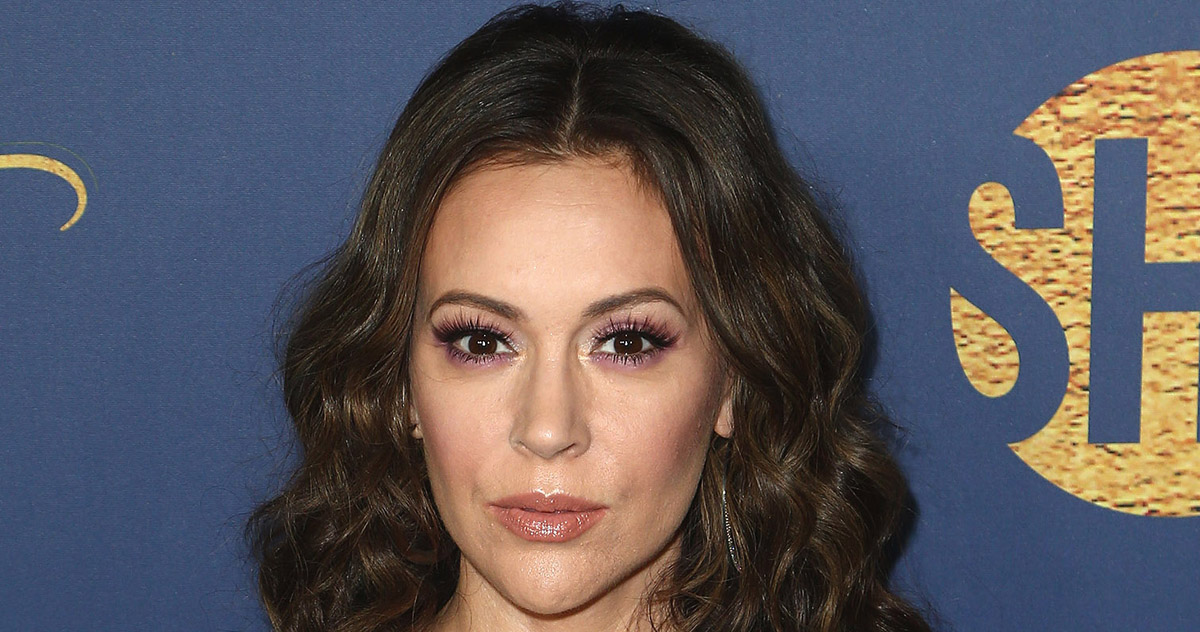 Alyssa Milano Comes Forward with Her Own #WhyIDidntReport Story of ...