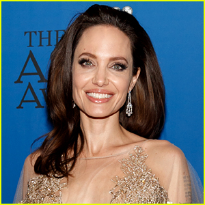 Angelina jollie naked fucked