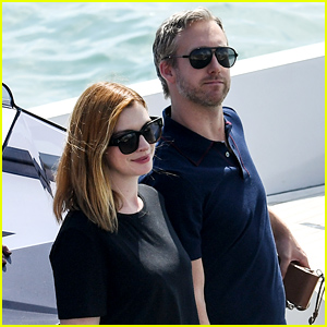 Anne Hathaway & Husband Adam Shulman Arrive at Venice Film Festival 2018!