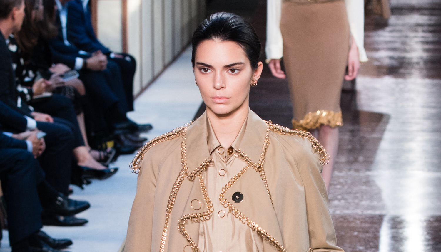 Kendall Jenner Returns to Modeling to Walk Burberry Runway | Kendall ...