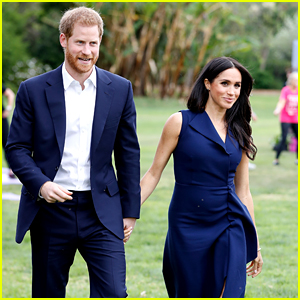 Prince Harry & Meghan Markle Greet Fans at Botanical Gardens in Melbourne!