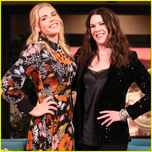 Lauren Graham Admits She Doesn't Remember Meeting Busy Philipps on 'Busy Tonight' - Watch Here!