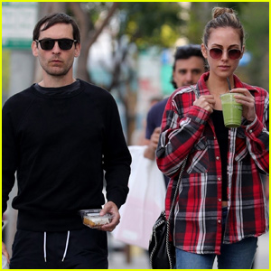 Tobey Maguire Joins Girlfriend Tatiana Dieteman For Afternoon Date in LA!