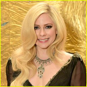 Avril Lavigne's 'Tell Me It's Over' Music Video & Song - Stream, Lyrics & Download!