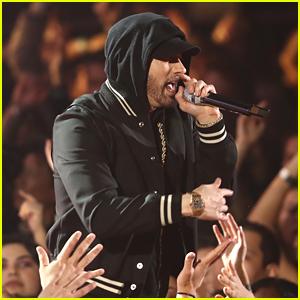 Eminem Drops 'Kick Off' Freestyle - Read Lyrics & Watch Video