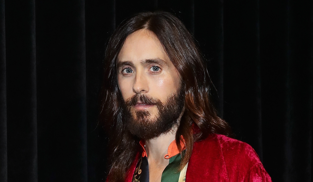 Jared Leto Bares His Abs In Sexy Holiday Selfie Jared Leto Just