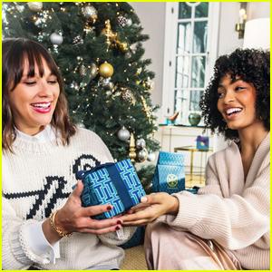 Rashida Jones & Yara Shahidi Star in Tory Burch's Holiday 2018 Campaign!