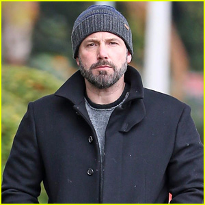 Ben Affleck Heads Out on a Rainy Day in LA