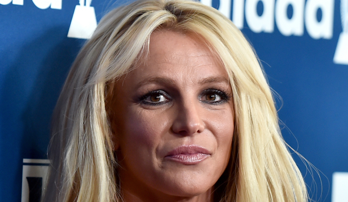 Britney Spears Announces 'Indefinite Work Hiatus' After ... Britney Spears 2019