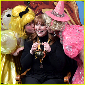 Bryce Dallas Howard Honored as Hasty Pudding's Woman of the Year 2019!